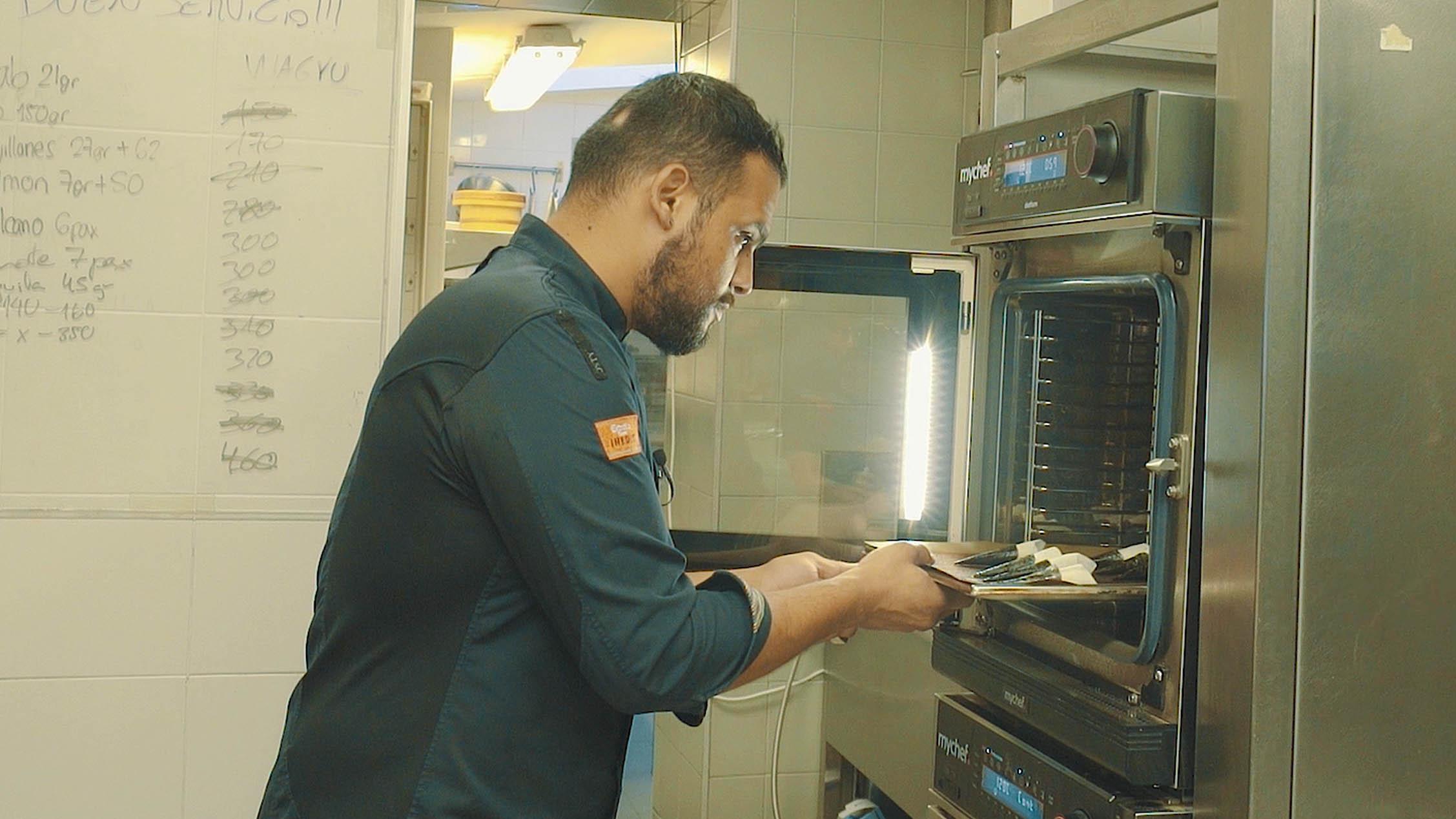 Mychef mychef oven distform pakta <span>Historia de éxito de</span> <br>JORGE MUÑOZ  Mychef   mychef oven distform pakta