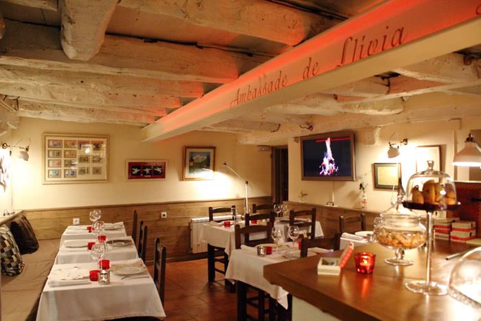 Mychef restaurante ambassade llivia br <span>Historia de éxito de</span> <br>ALBERT BORONAT I MIRÓ & MÉLINA ALLAIR  Mychef   restaurante ambassade llivia br