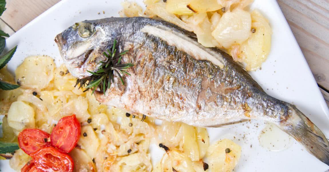 Dorada asada con verduras al horno - mychef